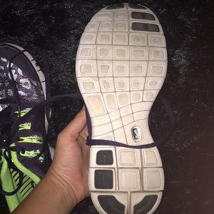 Nike Shoes - Size 8 Nike tennis shoes